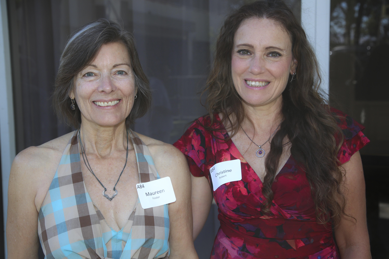 Maureen Foster, Christine Robert