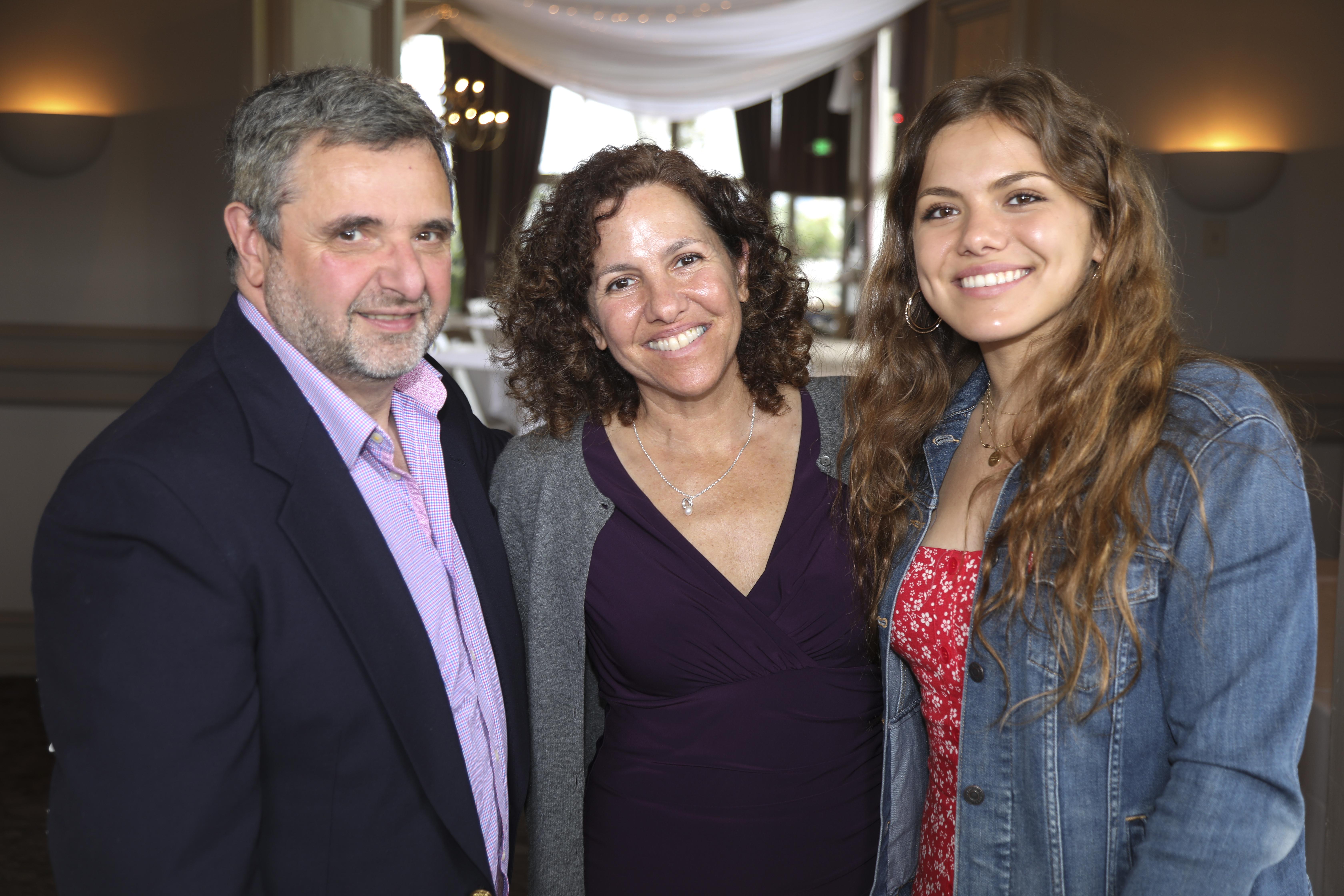 F. Hudson Miller, Lisa Dosch, Danielle Dosch